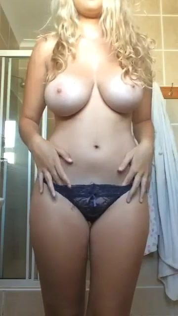 amateur mom gets dick in ass and pussy