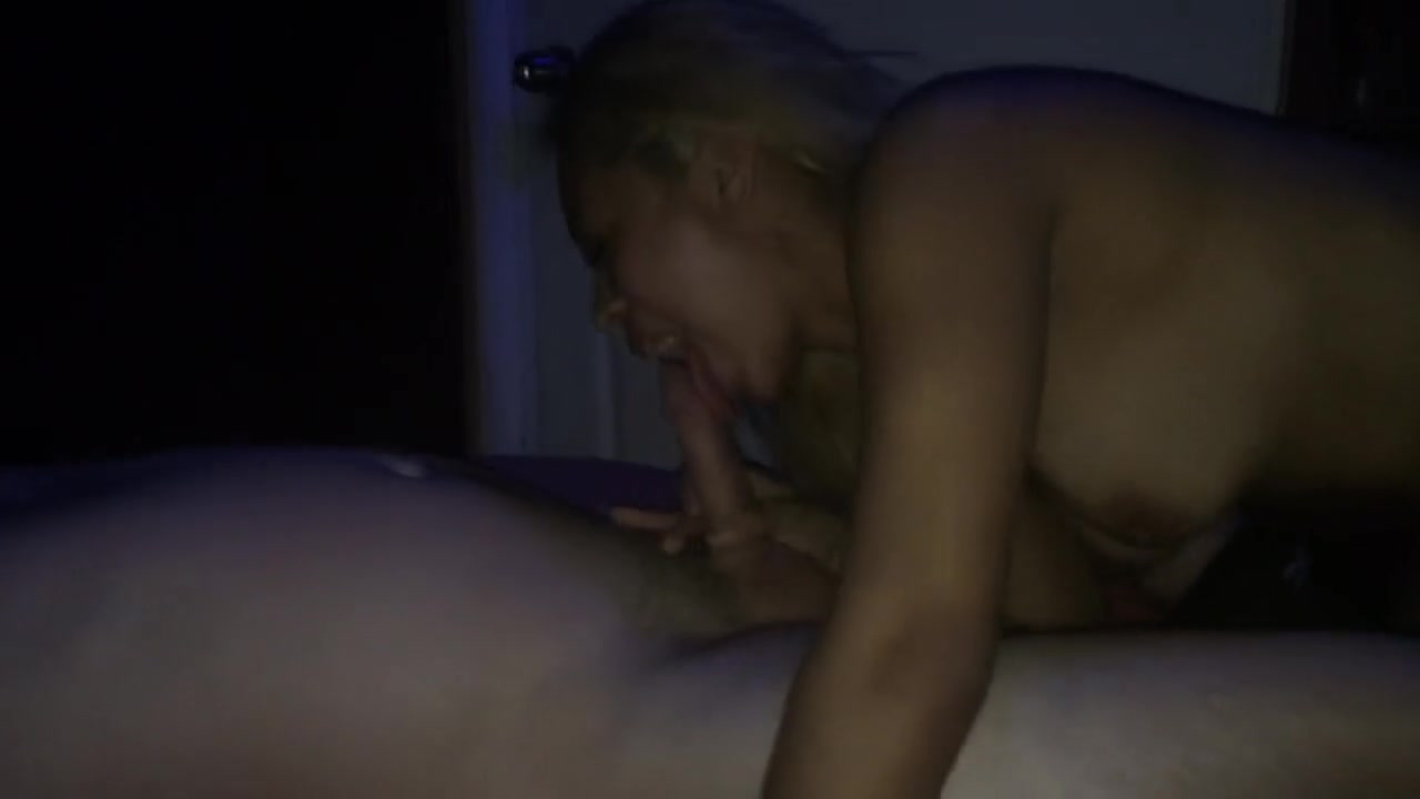 Blonde Amateur Natural Tits