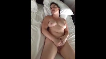 Amateur fuck my naked mom